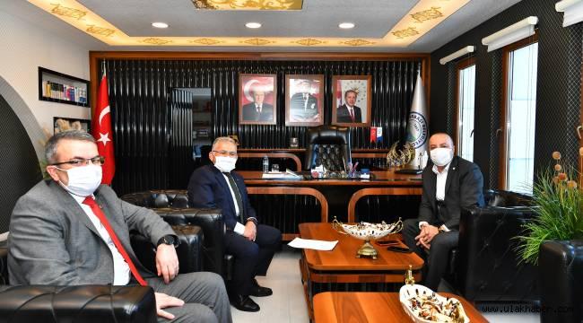 Başkan Büyükkılıç'ın ilçe ziyaretleri sürüyor
