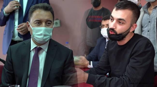 Ali Babacan gençlerin sorunlarını dinledi